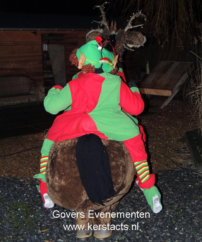 kerstmuziek, kerstmuzikanten, bandje, kerstentertainment, kerstartiesten boeken, muzikanten boeken, kerstkoor, themafeest, winterentertainment, wintermuziek, muziektrio, muziekduo, kerstzanger, kerstact, kerst repertoire, kersttijd, akoestiche muziek, mobiele muziek, winterfeest, nieuwjaarsfeest, stijlvolle muziek, muzikaal entertainment, kerstmis, kerstdiner, kerstborrel, kerstviering, kerstmarkt, kerstman muziek, white Christmas, Govers Evenementen, Kerstact Rudolf, kerstacts, Kerst en winterentertainment, kerstmuziek, kerstmuzikanten, Govers evenementen
