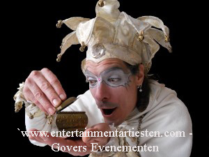 Midwinter Nar Vuurspuwer, vuurspugen, Vuurshow, jongleren, Govers Evenementen