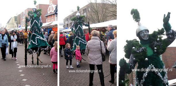 De stelten Kerstboom is gezellig kerst entertainment voor de kerstperiode, decembermaand of kerstmarkt, www.kerstacts.nl