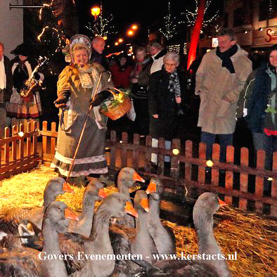 Levende Kerststal, kerstparade, ganzenparade, levende kerststal verhuur, ganzenparade, ganzenfanfare, kerstentertainment, kerstacts, kerst, www.kerstacts.nl